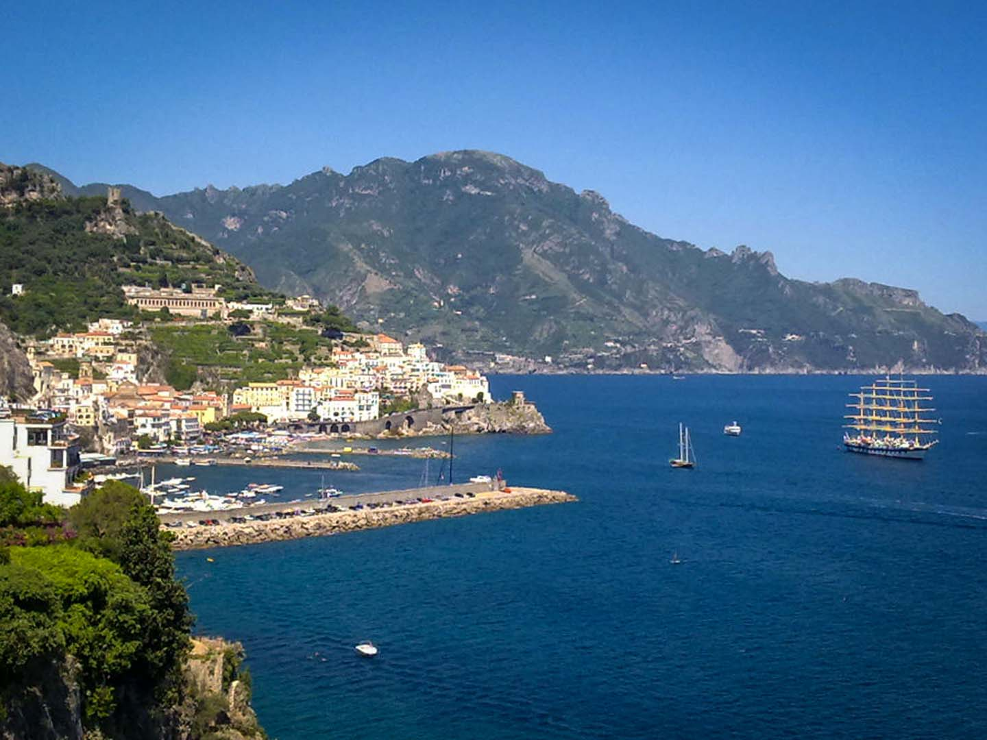 how to get from naples train station to sorrento