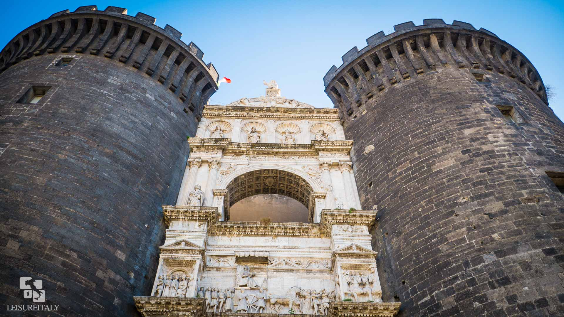 Castle Nuovo - Marble decorated entrance