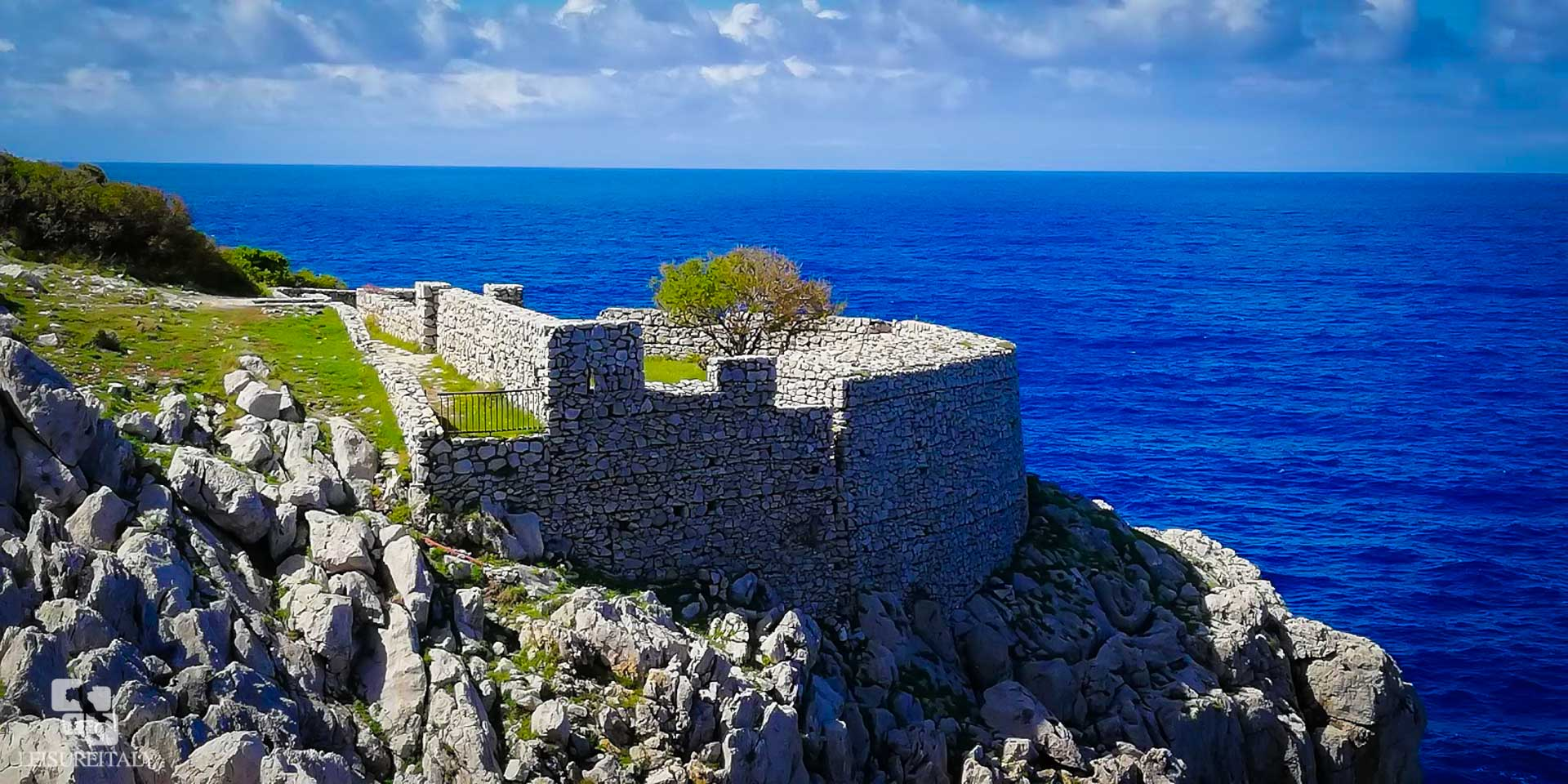Capri Travel Tips Path of the Little Forts