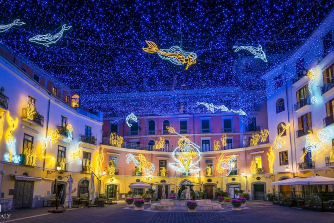 One of the installations of Salerno Christmas Lights