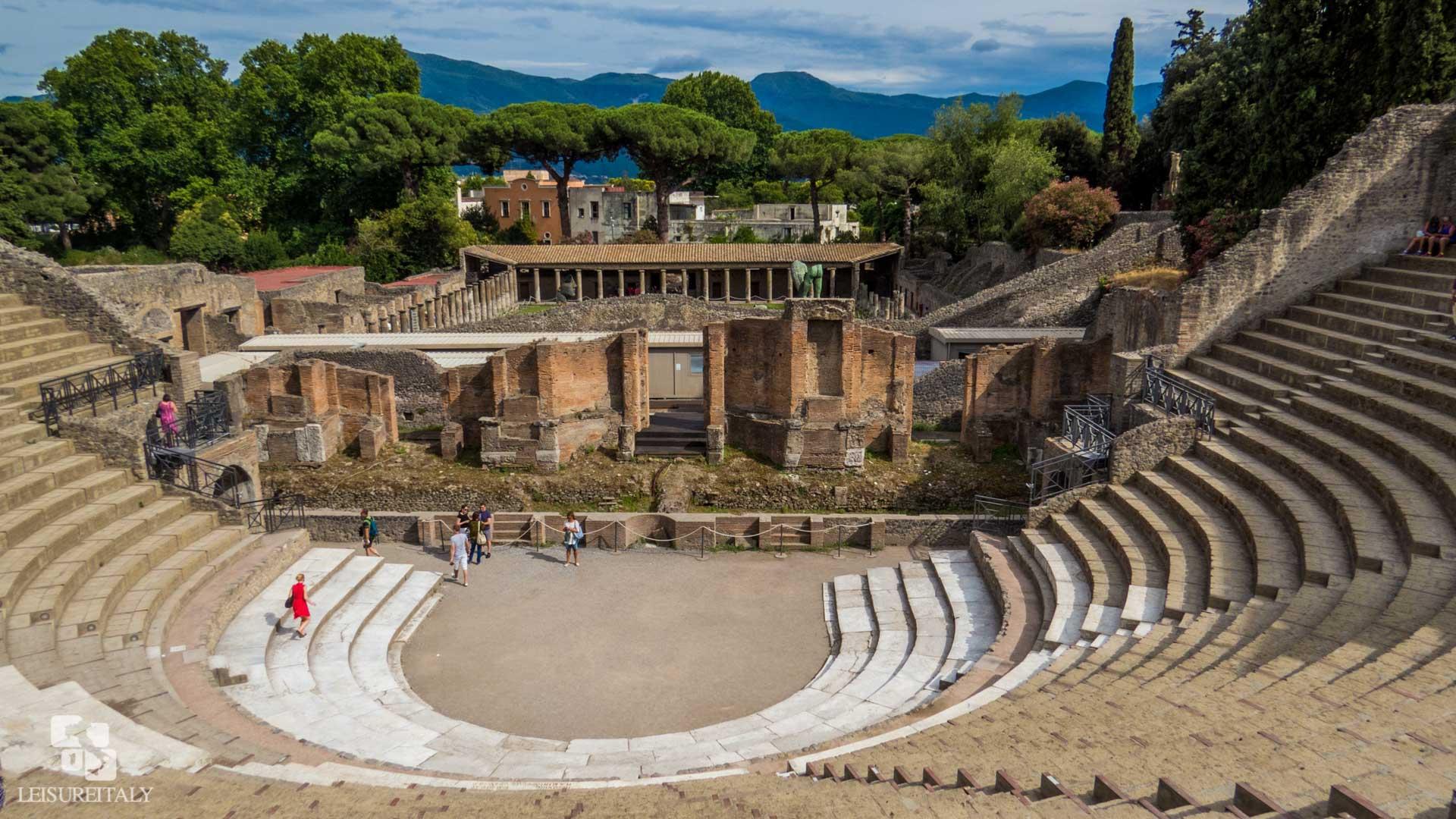 Pompeii or Herculaneum - The Grand theater of Pompeii